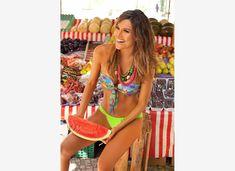 Δίαιτα με καρπούζι: Χάστε 5 κιλά σε 7 μέρες String Bikinis, Diet, Fitness, Swimwear, Dental Floss, Bathing Suits, One Piece Swimsuits, Loosing Weight, Swimsuit