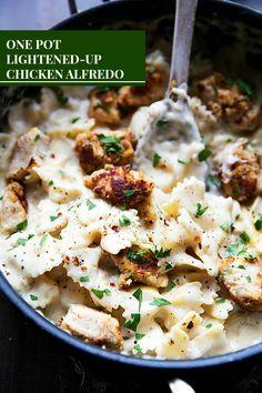 ONE POT Lightened-up Chicken Alfredo Pasta