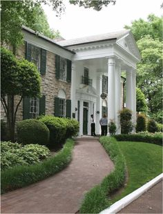 Graceland. I've been here (: wonderful house of Elvis