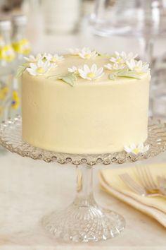 Peggy Porschen's Lemon Limoncello Cake recipe