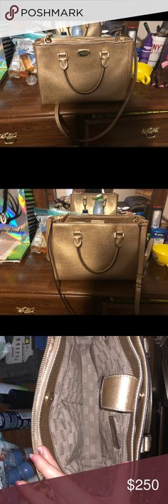 Gold my purse Authentic Mk purse in great condition! Michael Kors Bags Shoulder Bags