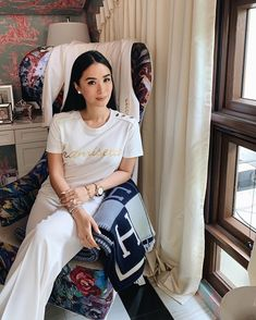 Heart Evangelista Style, Filipina Actress, Luxe Life, Summer Essentials, Asian Style, Love, Playing Dress Up, Hair Inspiration, Classy