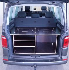 Bus Camper, Bus Vw, Mini Camper, Volkswagen Transporter, Vw T5, Auto Camping, Minivan Camping, Camping Gear, Land Rover Discovery