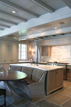 Kitchen Design Ideas. Stunning Kitchen! Love the eating nook! #Kitchen #NOOK
