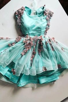 Green Tulle Lace Appliques Short Cute Homecoming Dress KP48 – shinydress
