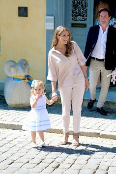 Princesses Madeleine and Leonore