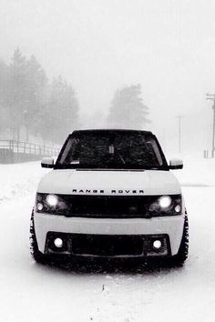 Maybe my CEO future husband can buy me this? Now that he's making that $200k ----White Range Rover #swag