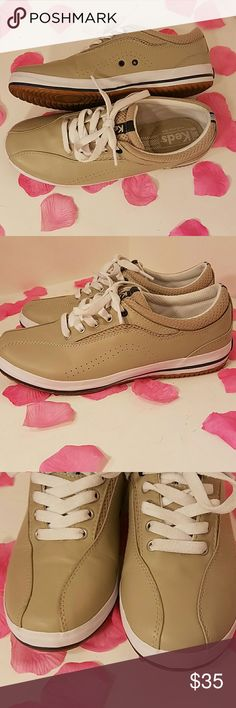 Like new Keds leather tennis shoes size 7 #f -eb Keds Shoes Sneakers