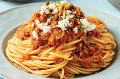 Espagueti a la boloñesa de atún | Cocina Vital Mexican Food Recipes, Healthy Recipes, Ethnic Recipes, Spaghetti, Favorite Recipes, Desserts, Singular, Blog, Spaghetti Bolognese