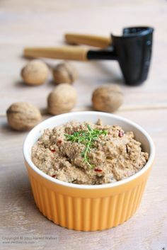 This is one of our traditional bread and sandwich spreads. It's also great as a dip for veggies or spread on crackers. We have often made it using almonds or hazelnuts. As walnuts are just coming into Vegetarian Pate, Vegan Pate, Raw Vegan, Vegetarian Recipes, Pate Recipes, Raw Food Recipes, Veggie Recipes, Cooking Recipes, Vegan Appetizers