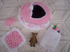 Crocheted Bassinet Purse with Accessories
