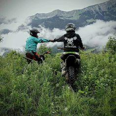 off road and off track Motocross Love, Motocross Bikes, Enduro Motorcycle, Bike Photo, Bike Style, Dirtbikes, Trail Riding, Adventure Tours, Super Bikes