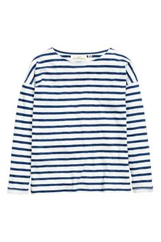 Boat-neck top: Striped top in slub jersey with a boat neck, dropped shoulders and long sleeves.