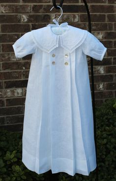 White Linen Christening or Special Occasion Gown Girl Dress Patterns, Vintage Dress Patterns, Skirt Patterns, Coat Patterns, Blouse Patterns, Vintage Sewing, Baby Patterns, Baptism Outfit, Baptism Gown