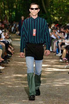 Balenciaga Spring-Summer 2018 | Paris Fashion Week