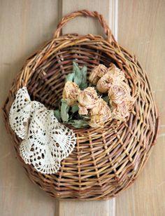 basket w/roses