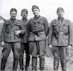 WWII. - 1942. - Croatia / NDH - ustaše pred egzekuciju Srba