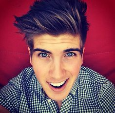 Joey Graceffa. EYES ARE ALWAYS EITHER GREEN, BLUE, OR FREAKING GREY! Wth?