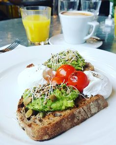This has to be one of our most snapped breakfasts. What's your favourite dish to eat for breakfast? https://www.instagram.com/p/BQGTu4AlFEY/?tagged=aubaine