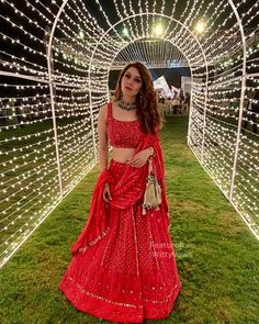Mehndi outfit - Beautiful Chikankari Lehengas that are too Good to be Missed! Indian Wedding Outfits, Bridal Outfits, Indian Outfits, Indian Clothes, Dress Wedding, Indian Reception Outfit, Bridal Dresses, Wedding Flowers, Red Lehenga