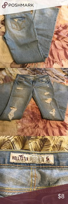 Hollister jeans Distressed flare. Size 5R Hollister Jeans Flare & Wide Leg
