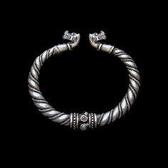 Bracelet with wolves heads (silver) viking. Bracelet from Gotland. Viking Brooch with animal headed. Viking bracelet