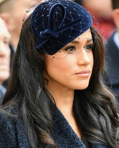 """""""Meghan Duchess of Sussex joins Prince Harry for the first time at Field of remembrance They were due to be joined by The Duchess of Cornwall who missed it due illness Harry And Meghan News, Prince Harry And Megan, Boucle Coat, Princess Meghan, Princess Diana, Meghan Markle Style, Isabel Ii, Philip Treacy, Hollywood"""