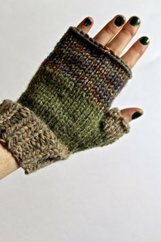 Lexalex: Knit Fingerless Gloves
