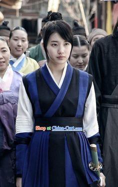 Traditional Korean Swordwoman Costumes Complete Set