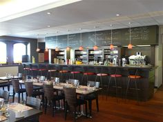 The chef s table adjacent to kapnos open kitchen dc kapnos pinterest - Plaisir a petit prix ...