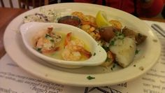 Robin L.'s photo of Pier Market Seafood Restaurant