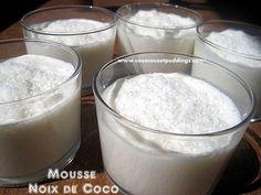 Une recette très facile d'un délicieux dessert à la noix de coco, une mousse au lait de coco et à la noix de coco. Recette en partenariat avec la gamme de produits Orientaux &Samia& Ingredients: - 250 g de lait de coco - 50 g de noix de coco râpée - 25...