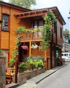 Traditional  Turkish Houses _ Cengelkoy,Istanbul / By Olgu Gök (olgugok)