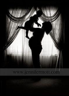 Precious Maternity / Family shot