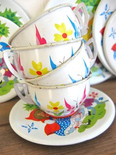 vintage tin toys plates cups saucers little by anythinggoeshere, $25.00