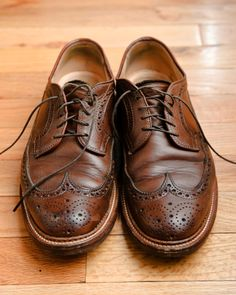 These Oxfords remind me of my late grandfather. He would wear these with dark socks and shorts. I miss him!