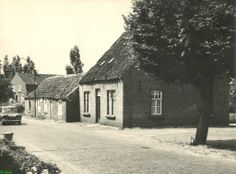 Coll. Hoefnagels : Asten, Hemel 27. Links boerderij v.d. Boomen (afgebroken c.a. 1965)