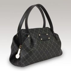 Amazon.com: Rioni Signature Evening Handbag Stb-20154: Clothing---   Wish it came in other colors.