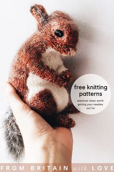Free knitting patterns for Autumn – From Britain with Love Free knitting patterns for Autumn – From Britain with Love,stricken, häkeln love this free red squirrel knitting pattern by Claire Garland click through to. Knitting Needles, Free Knitting, Baby Knitting, Knitted Baby, Knitted Dolls, Vintage Knitting, Knitting Stitches, Animal Knitting Patterns, Crochet Patterns