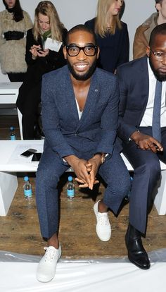 Tinie Tempah Stylish Clothes, Stylish Men, Stylish Outfits, Tinnie Tempah, Black Edition, Models Off Duty, Casual Chic Style, Smart Casual, Dapper