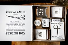 I would make amazing things with this sewing box. There is no doubt.