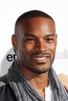 Kellen Douglas is portrayed by Tyson Beckford. Kellen is killed in Richard's explosion and was a friend of Cole's and Brooke's boyfriend. He is remember fondly.
