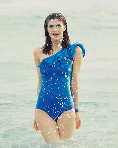 Comics and Other Cool Stuff: Photo Alexandra Daddario Images, Laura Vandervoort, Matthew Daddario, Baywatch, Gal Gadot, Celebs, Celebrities, Hollywood Actresses, Annabeth Chase