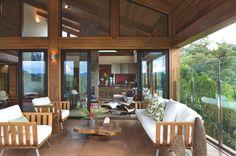 Mountain House - Nova Lima, Minas Gerais, Brazil