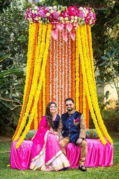 bridal seating   photo credit - Romesh Dhamija Production