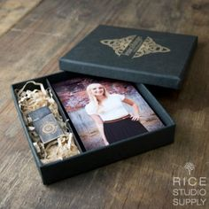 ARTISAN COMBO BOX ( FLASH DRIVE & 4 x 6 PRINTS NOT INCLUDED )