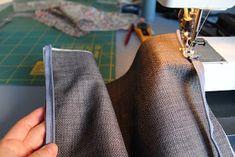 Den lille havtaske: Toilettaske med lomme DIY Tie Clip, Patches, Sewing, Henna, Make Up, Tutorials, Accessories, Fashion, Scrappy Quilts