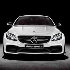 Parabéns AMG! Divisão esportiva da Mercedes-Benz completa 50 anos nesta segunda. Nesse período a @mercedesamg criou modelos incríveis como esse  C 63 S Coupé.  Rest in Power!  #CarroEsporteClube #MercedesAMG #Mercedes #AMG #C63S #Coupe #CarsofInstagram #Cars #Instacars #DrivingPerformance