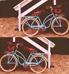 Empezamos nueva semana con BICI VINTAGE LA BREZZA disponible solo en nuestra tienda www.favoritebike.com   Mas detalles: http://favoritebike.com/shop/bicicletas-clasicas/bici-vintage-la-brezza/   #vintage #style #beach #cruisers #cruising #bike #bicicleta #playa #summer #monday #lunes #week #new #available #store #shopping #beachporn #blues #favoritebike #cycling #chic #fixed #velo #healthychoices #healthy #girl #mybike #forgirls #summertime https://instagram.com/p/6evZdhzH8f/