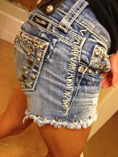 Miss me jean shorts :)